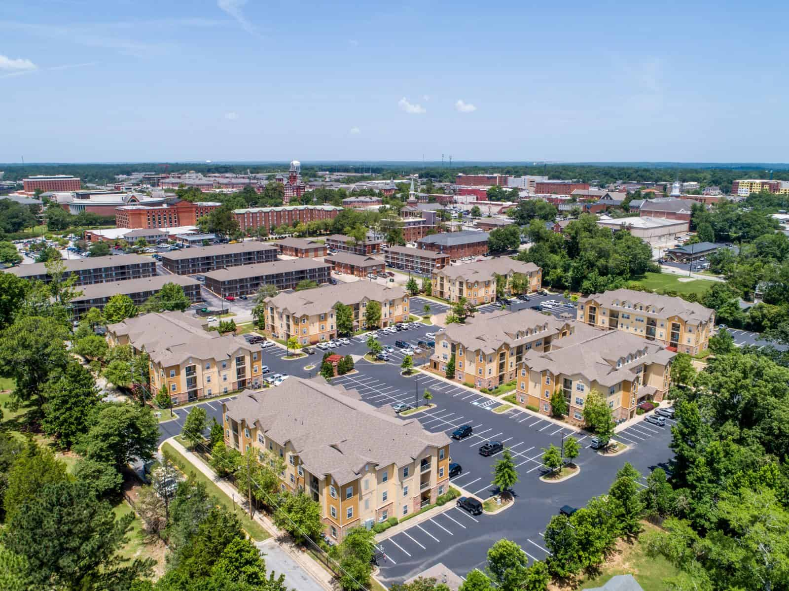 drone photo of apartment complex in Auburn, AL
