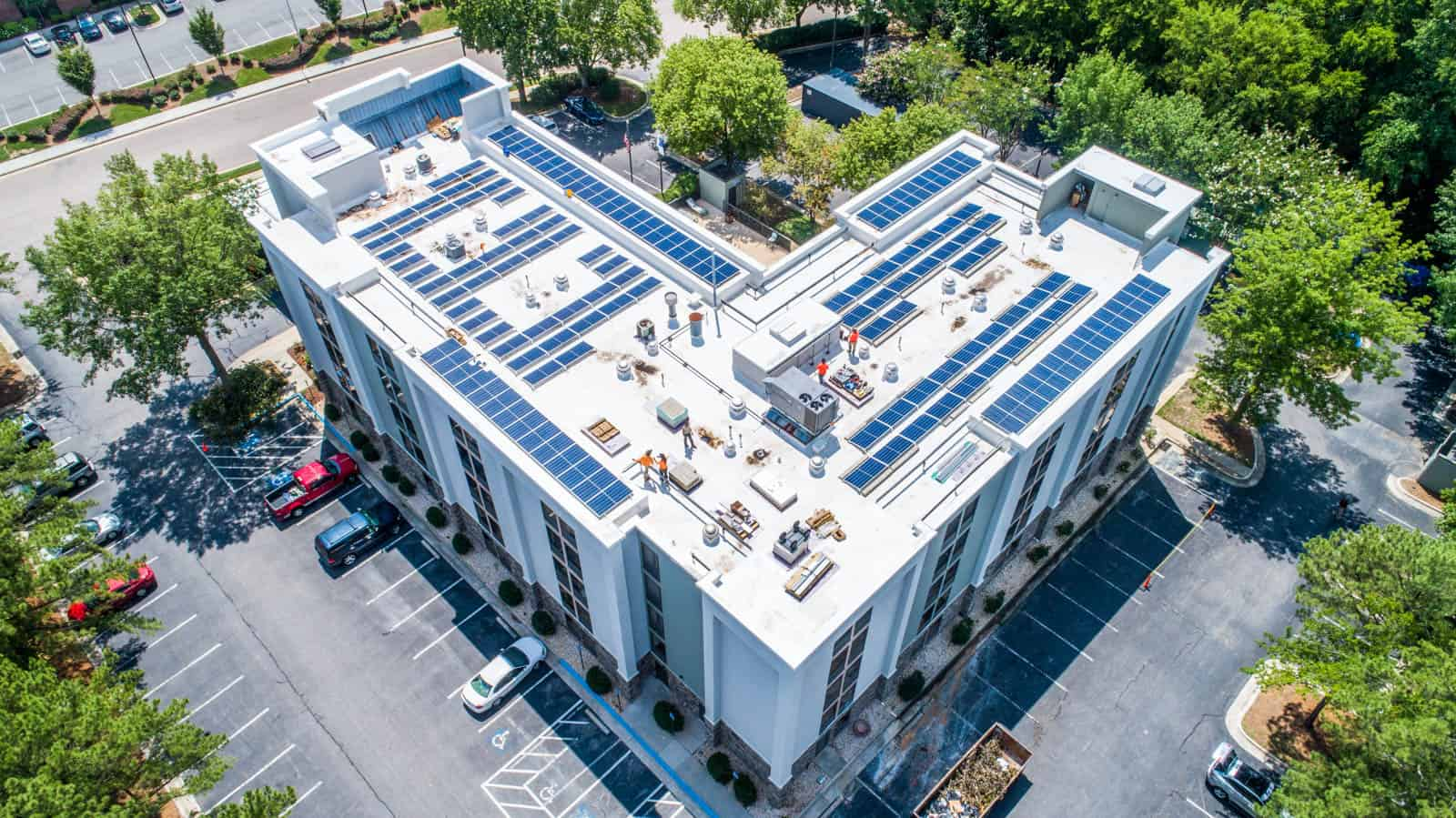 drone photo of solar panel installation on Comfort Inn in Raleigh, North Carolina