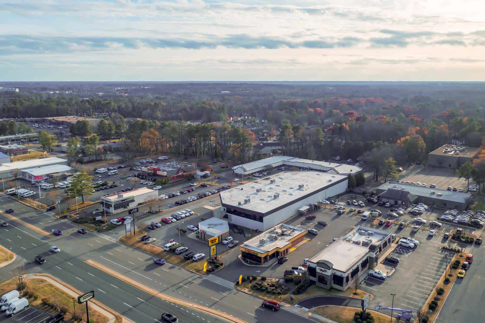 aerial drone photo of commercial real estate property in Richmond, VA